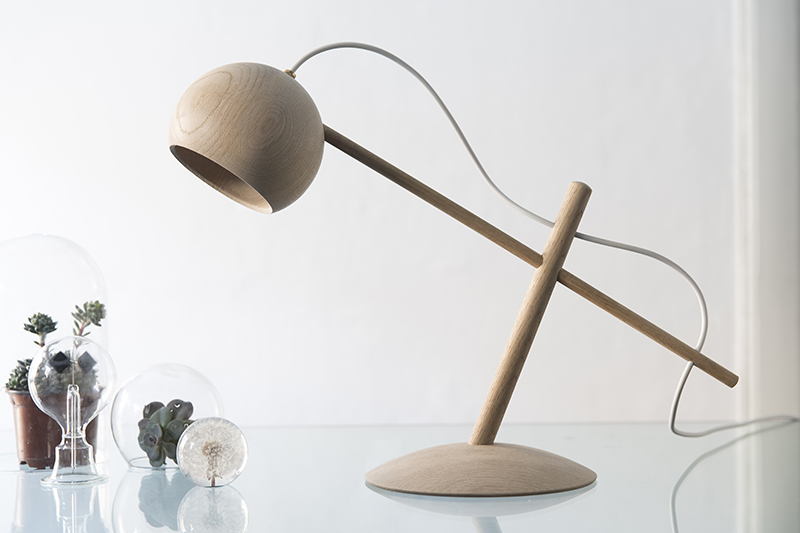 Gamintojas_BrdrKruger_Lune Lamp light